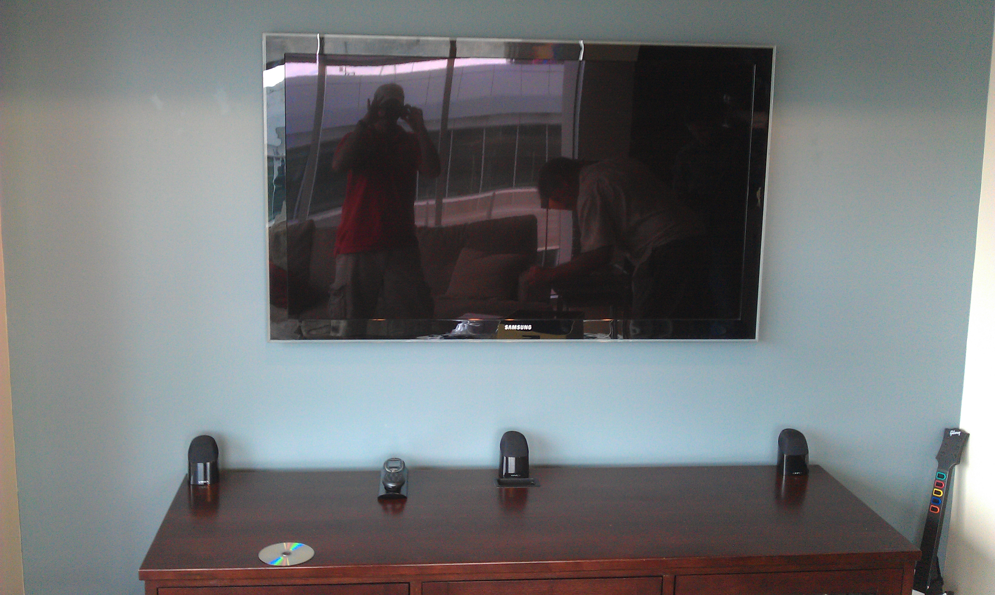 dallas texas tv on wall with samsung ultra slim tv wall mount
